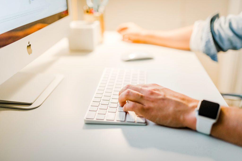 Schrijf een aantal gastenblogs