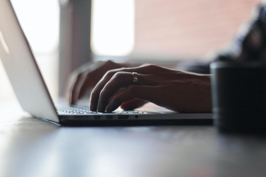 De aantrekkingskracht van online marktplaatsen